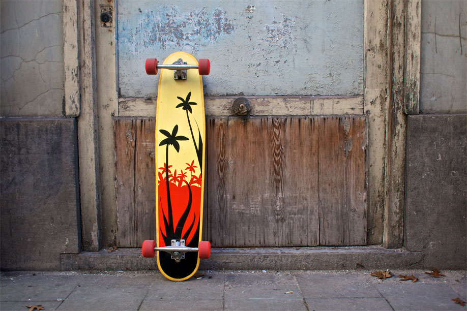 Bottom graphic of the longboard