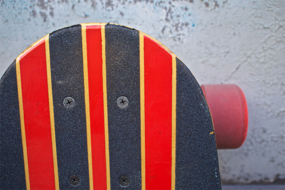 Detail of the top of the longboard.